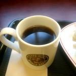 カフェベローチェ - ブレンドコーヒー:200円