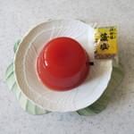 ペル・エ・メル - トマトそのものを藻塩で〜♬