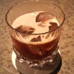 奥沢カフェ&バー ピッコロスタンツァ - アイスブレンド