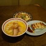 麺道楽 - 料理写真: