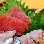 すし屋魚真 - マグロ
