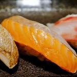 すし屋魚真 - 旬の5貫セット(桜鱒)