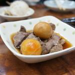 永楽食堂 - 鶏モツ煮