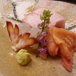 味 ふくしま - お造り 赤貝・車海老・鮪