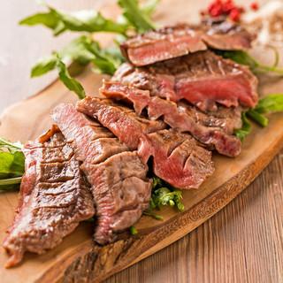 厚切り牛タンとこだわりの贅沢料理で宴会を!