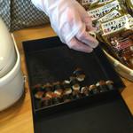 旅の駅 日光ろばたづけ - ダイコンのろばたづけのお寿司