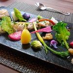 芦屋フレンチ北じま - 料理写真:☆海の幸と有機野菜のサラダ(≧▽≦)/~♡☆