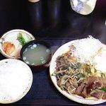 お食事処 鶴の恩返し - スタミナ焼き定食