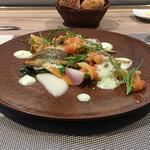 65610950 - 天然真鯛のポワレ、クスクス、レモンコンフィのソース、新玉葱のピュレと、グリーンピースの泡