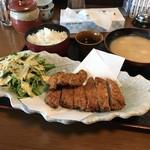 我豚 - トンカツ定食大1,100円(17'04)