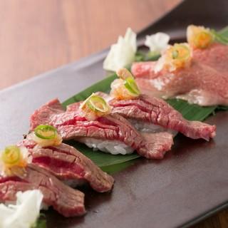 【名物】すき焼きカルビ、和牛寿司