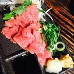 肉寿司バル - 馬刺し♪