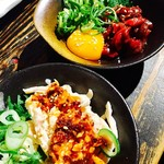 肉寿司バル - 馬刺しユッケとヨダレドリ!