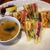 ベーカリーカフェ イワゴー - 料理写真:焼きタマゴサンド