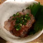 千栄乃和 - 日替わり鮮魚の酒盗和え ¥500