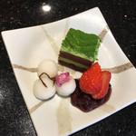 にぎり長次郎 - 抹茶ケーキ