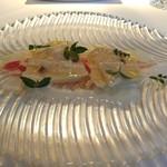 65629340 - トマトビネガー風味の筍マリネとタイラギ 木の芽風味