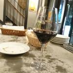 65629790 - 赤ワイン。ふらのワイン ラベンダー