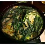 七間町 えびす - 「モツ鍋」(2014.08)