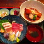 伊豆海鮮 どんぶりや - 金目鯛の煮つけと海鮮丼の河津グルメセット