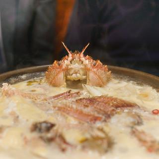ふぐ 牧野 - 料理写真:かに大根鍋