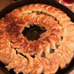 65645355 - 鉄鍋餃子
