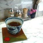 まごころ 手と手 - いい感じのお茶