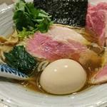 麺処 きなり - 特製白醤油そば 1000円