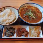 田圃 - 料理写真:日替りのカレーうどん定食 600円