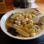 中国料理 露華 - 料理写真:「五目刀削麺」 色々な具が美味しそうに盛られている