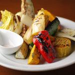 ビストロ トンネル - 旬の野菜の炭火焼  ローズソルト