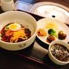 韓国料理 マダン - 料理写真:ビビン麺定食   おかずとワカメスープもついてます♪