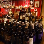 鉄板イタリアンバル Primo - ワインは常時100本以上!