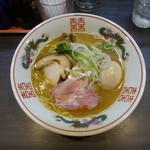 中華そば 幻のタンポポ - 料理写真:中華そば+味玉