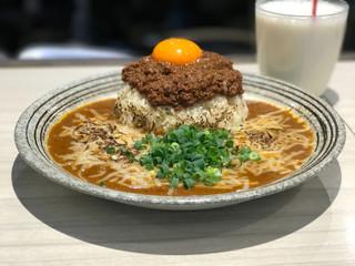吉田カレー  - トップフォト 普通辛口キーマ焼きチーズ