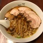 一丁 - 料理写真:チャーシュー麺 大 税込950円