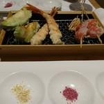 カウンターお野菜天ぷら mego -
