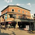 カフェ&レストラン花水木 - 観光地の中央部にあります。