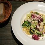 食房ヴェルデュール - 生パスタ(ホタテ小柱と春キャベツのクリーム)