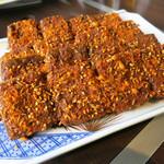 トウホクコウヤンテイ - 臭い豆腐の揚げ(炸臭豆腐) 880円