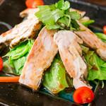 和食酒場 煮っこり - 蒸し鶏と温野菜サラダ