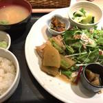 花様 - ★★★☆ おばんざい御膳 サラダとご飯はおかわり出来ます