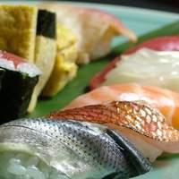 くすの木 - 正統派の一貫寿司