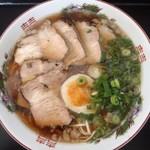華 - 料理写真:チャーシュー麺800円