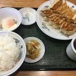 65723390 - 餃子定食税込650円(サービスデーは税込460円)