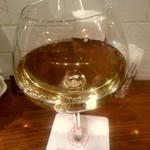 イタリアン シロ ツバキ - 【2017.4.19(水)】白グラスワイン(リースシング、ミュラー・トゥルガウ)500円