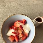 ヌマカフェ - イチゴミルクプリン