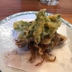 鶴千 - 金針菜とホタルイカの天ぷら