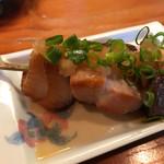 鶴千 - 宮崎産黒瀬ブリの串焼き