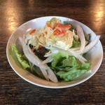 Mary Jane - セットのサラダ